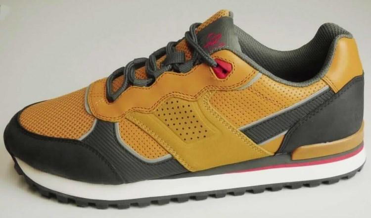 798 : andere Schuhe mit Laufsohlen aus Kautschuk,… #2