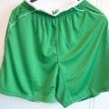 Kledingstuk, bestemd om het onderlichaam te bedekken, voor dames, bestaande uit breiwerk, van 100% polyester, een zogenaamd sportbroekje, met onder meer de volgende kenmerken:  -ruimvallend;...