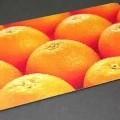 Frühstücksbrettchen, -in Form einer ca. 2,5 mm starken MDF-Holzfaserplatte (21 x 11,5 cm) mit abgerundeten  Ecken, auf der Ober- und Unterseite mit einem Motiv versehen und mit Melamin beschichtet, -zur...