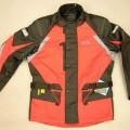 """Anorakähnliches Kleidungsstück für Männer, sog. Motorradjacke """"Enigma"""", Größe L, siehe Foto, - aus verschiedenen, 0,5 mm dicken, einfarbigen Geweben aus lt. Antrag 94% Polyester..."""