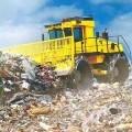 Müllverdichter - aus einer selbstfahrenden Maschine, in Rahmenkonstruktion mit Pendel-Knickgelenk,   geschlossener Fahrerkabine, Lenkung und Bremsen, hydrostatischem Fahrantrieb,    Dieselmotor,...