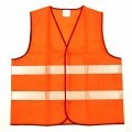 Weste für Männer, sog. Warnweste, Gr. XL, s. Abb.; - aus 0,2 mm dicken, signalfarbenen (orange) Geweben aus lt. Antrag 100% Polyester    (synthetische Chemiefasern),  - über die Taille reichend...