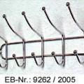 """""""Hakenleiste""""; es handelt sich um aus verchromtem Stahldraht gefertigte (lt. Antragstellerangaben) Aufhängeleisten, die an der Unterseite und der Oberseite zu fünf in etwa u-förmigen..."""