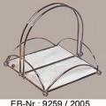 """""""Serviettenhalter""""; es handelt sich um aus verchromtem Stahldraht (kein nichtrostender Stahl, lt. Antragstellerangabe) gefertigte viereckige Ständer für Servietten bei Tisch. Die..."""