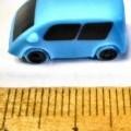 Bei der als Playmobil Mini-Van II olympiablau, Art.-Nr. 30822252, bezeichneten Ware handelt es sich um ein ca. 2 x 1 x 0,8 cm großes (L x B x H) Auto (Mini-Van) in der Farbe blau aus Kunststoff. Die...