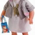 Sog. Puppe Mathilda, Art. 960103, s. Foto. Es handelt sich um eine Warenzusammenstellung in Aufmachung für den Einzelverkauf, bestehend aus einer ca. 50 cm großen, beweglichen Puppe mit weichem...