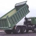 lastbil; för godstransport; metallplåt; hydraulisk