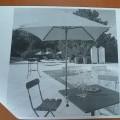 polyester; aluminium; bois; parasol