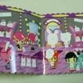 de plástico; de papel; para niños; autoadhesivo