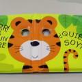 de plástico; para niños; libro con dibujos para ninos