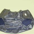 de tejido; de plástico; ropa interior