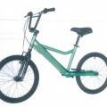z plastu; z ocele; bicykle a podobné vozidlá; kolobežky