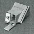 Sog. EMI LC Adapter, Artikel: 106115 4150,  - optische Verbinder aus einem annähernd quaderförmigen Gehäuse, mit jeweils einem kombinierten Buchseneingang auf den gegenüberliegenden Seiten...