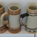 z keramiky; s uchem; ozdobný vzor; ozdobné výrobky; sošky, ozdobné…
