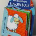 """Bei der vorgelegten, als """"Stoffbuch mit Knisterfolie"""" bezeichneten Ware handelt es sich um ein Bilderbuch für Kinder (Format etwa 11 x 15 cm, Umfang 8 Seiten einschließlich der Einbandaußenseiten)..."""