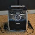 draagbaar; radio-omroepontvangtoestellen; accumulatoren; microfoons;…