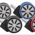 Es handelt sich um schwenkbare Laufrädchen, im Wesentlichen bestehend aus einer Doppellaufrolle aus Kunststoff (Durchmesser 60 mm) und einer Befestigungsvorrichtung aus unedlem Metall in Form...