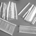 Es handelt sich um Befestigungsmaterial (Länge ca. 25 bzw. 45 mm) aus Polyamid, Kunststoff im Sinne der Anmerkung 1 zu Kapitel 39 in Form eines Monofils, mit unterschiedlichen, verdickten Enden,...