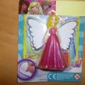 figurka przedstawiająca postać z bajki – barbi elf ze skrzydłami.…