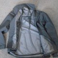 with zip fastener; with drawstring; for unisex; woven; wind-jackets;…