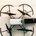 a pila; videocamere; macchine fotografiche; elicotteri; alimentazione…