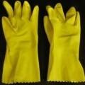 aus kautschuk; handschuh; vulkanisiert; naturkautschuk