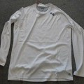 t-shirts; with round neck; of polyester; knitted; hemmed