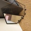 met metalen frames; meubelen; van onedele metalen; met voorziening…