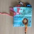 z materiałów tekstylnych; poliestry; dla dzieci; zabawki; książki…