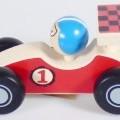 aus holz; für kinder; spielzeug; rennwagen; spielfahrzeug