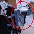 z tworzywa sztucznego; z silnikiem elektrycznym